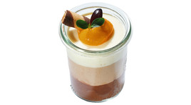 Flying Cocktails - Trilogy of chocolate mousse in a jar