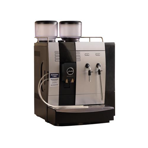 Espressomaschine JURA X9 - Vollautomat mit automatischer Milchaufschäumung - 230 V/2,5 kW/ca. 60 Tassen/Std.